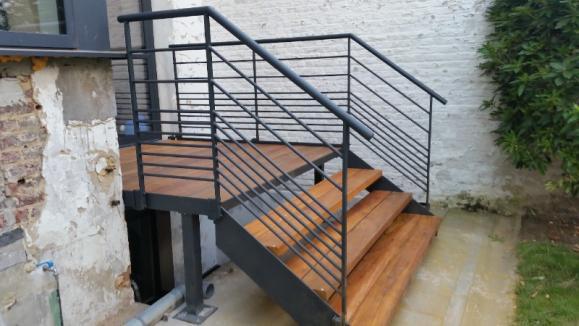 Création d'escalier métallique
